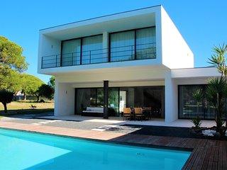 PineView - Vilamoura vacation rentals