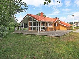 Cozy 3 bedroom House in Gromitz with Television - Gromitz vacation rentals