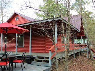 Red Fox Den (sleeps 4) No Pets - Oklahoma vacation rentals