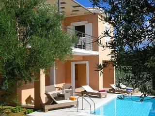 Lovely house with private swimming pool - Finikounda vacation rentals