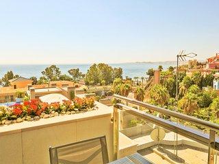 Modern 2 bedrooms apartment close to the beach - Benalmadena vacation rentals