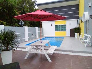 Melaka H & H Guest House (H&H 1) 马六甲晋巷民宿 - Melaka vacation rentals