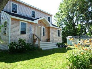 Four Bedroom home in Jamestown village - Jamestown vacation rentals