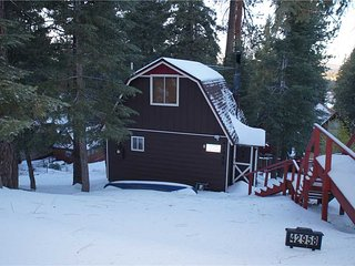 Romantic House with Deck and Internet Access - City of Big Bear Lake vacation rentals