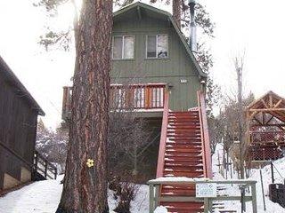Romantic 1 bedroom Big Bear City House with Deck - Big Bear City vacation rentals