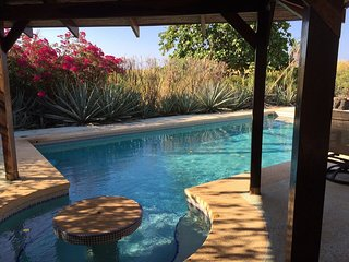 Romantic 1 bedroom Bungalow in Playa Junquillal - Playa Junquillal vacation rentals