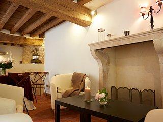 HAMEAU de BLAGNY - Maison Cistercia - Puligny-Montrachet vacation rentals