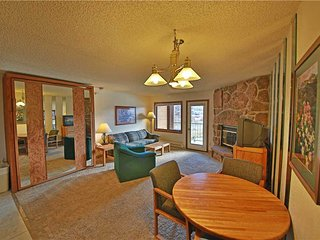 Nice Condo with Internet Access and Hot Tub - Granby vacation rentals