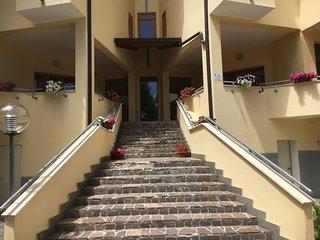 Cozy 2 bedroom Rocca di Mezzo Apartment with Elevator Access - Rocca di Mezzo vacation rentals