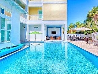 -Born To Sun- BRAND NEW HOME w/ Private Pool/Hot Tub, Elevator - Miramar Beach vacation rentals