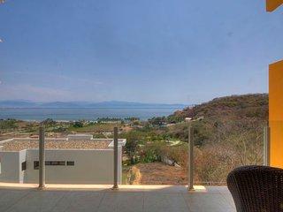Romantic Condo with Internet Access and A/C - La Cruz de Huanacaxtle vacation rentals