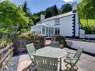 Wonderful Cottage with Internet Access and Television - Corwen vacation rentals