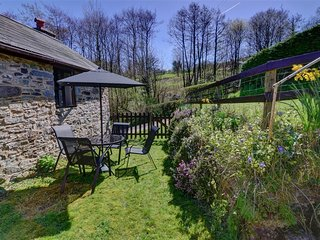 Lovely Cottage with Television and Microwave - Gwenddwr vacation rentals