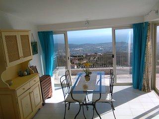 Casa Cleo panoramica sul golfo di Gaeta ed isole Pontine - Castellonorato vacation rentals
