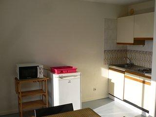 Appartement lumineux et confortable - Rouen vacation rentals