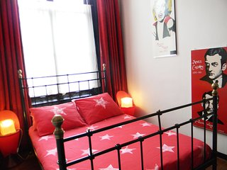 Amsterdam Canal View Deluxe Apartment - Amsterdam vacation rentals