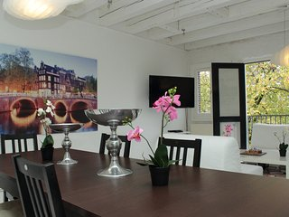2 Bedroom Canal View beside Anne Frank House - Amsterdam vacation rentals