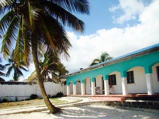 Beautiful 4 bedroom Uroa Village Villa with Balcony - Uroa Village vacation rentals