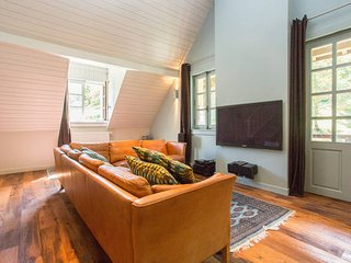 Cozy 2 bedroom Condo in Domancy - Domancy vacation rentals