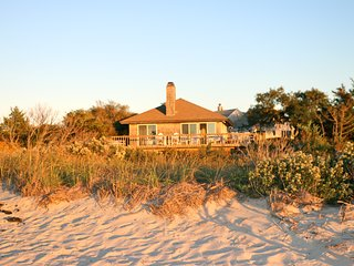 FABULOUS SUNSETS & BAY VIEWS ON WATERFRONT PROPERTY - Orleans vacation rentals