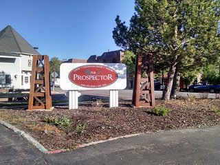 Park City Studio Near Everything on Busline, Hot Tub, Ski Hill - Park City vacation rentals