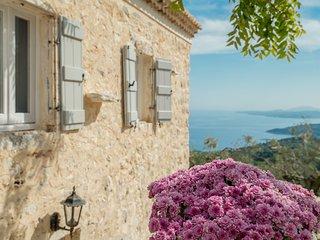 Lovely 3 bedroom Agios Nikolaos Villa with Internet Access - Agios Nikolaos vacation rentals
