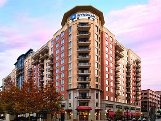 Wyndham National Harbor - 2 Bedroom Presidential Suite - MGM Grand Opening - Oxon Hill vacation rentals