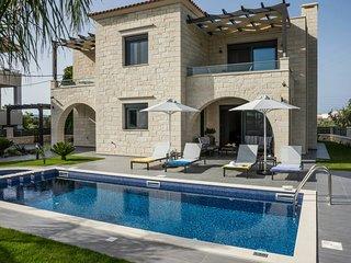 Lovely Villa in Almyrida with A/C, sleeps 8 - Almyrida vacation rentals