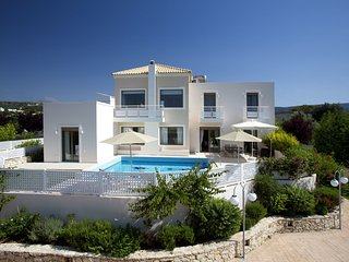 Nice 4 bedroom Villa in Skouloufia - Skouloufia vacation rentals