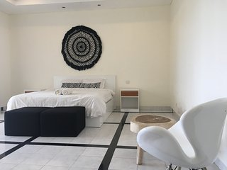 Villa Comsi new luxury villa in brawa - Canggu vacation rentals