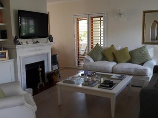 Lovely Cape Town home away from home close to everything - Tokai vacation rentals