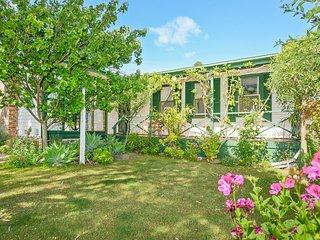 Landsort Cottage - Port Elliot - Port Elliot vacation rentals