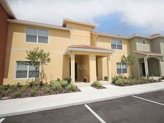 4BR AT PARADISE PALMS RESORT (4PPT29BP21) - Loughman vacation rentals