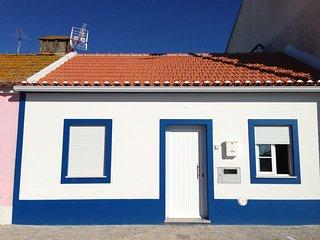Cozy 2 bedroom Aguas de Moura Villa with Television - Aguas de Moura vacation rentals