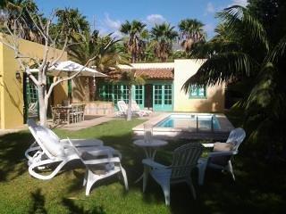 LAST MINUTE! CLOSE TO THE SEA! Wondeful Villa Collioure - Callao Salvaje vacation rentals