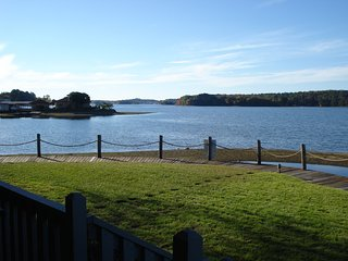 Simple Pleasures on Lake Hamilton **New to Rental Market** - Hot Springs vacation rentals