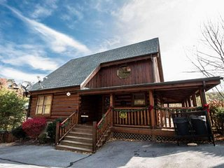 Luxury Cabin with Wrap Around Porch - Hot Tub - Game Room! - Sevierville vacation rentals