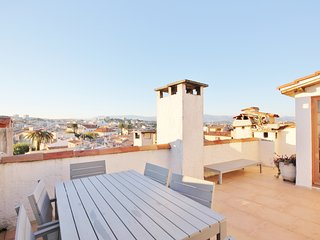 Roof top studio hide-away with amazing terrace sun trap, Old Antibes - Antibes vacation rentals