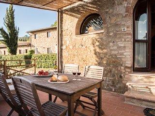 La Roccaia beautiful apartment near San Gimignano - Ulignano vacation rentals