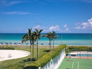 Modern 3BR. Apartment for 8 guests, Oceanfront Bldg. Miami Beach - Miami Beach vacation rentals