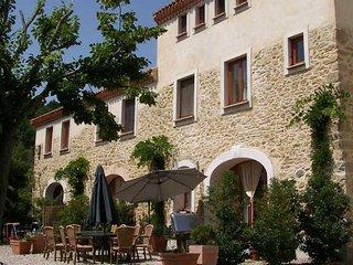 Domaine de la Flotte, French cottages to rent (sleeps 8) - Sonnac-sur-l'Hers vacation rentals