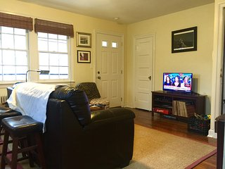 Private 2 bedroom apartment near Washington, DC - Takoma Park vacation rentals