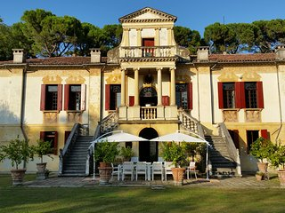 Villa Vigna Contarena - Luxury Suite - Este vacation rentals