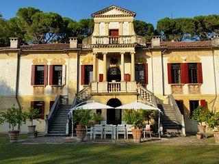 Villa Vigna Contarena - Luxury Suite - Este vacation rentals