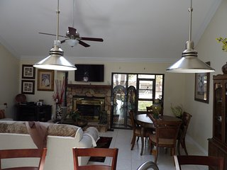 Cozzy townhouse - Tarpon Springs vacation rentals