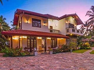Nilupul Luxury Villa, Moragalla - Moragalla vacation rentals