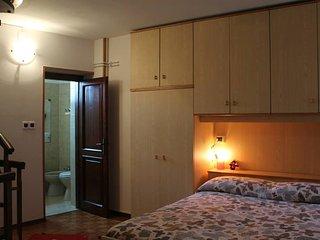 """Villa Piccola """"Cjase dal Barcjarul"""" - Pinzano al Tagliamento vacation rentals"""