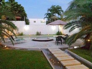 Nice Condo with Internet Access and A/C - Merida vacation rentals