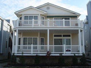 4 bedroom Apartment with Deck in Ocean City - Ocean City vacation rentals