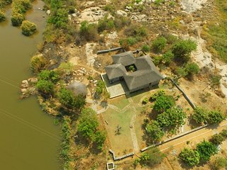 Nice Farmhouse Barn with Internet Access and Satellite Or Cable TV - Hampi vacation rentals